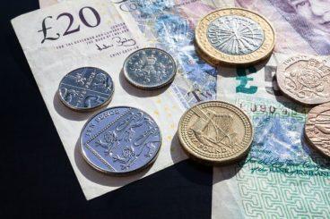 pound-414419_640