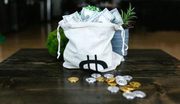 výplata peněz v kryptoměnách